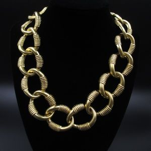 """Jewelry - Vintage 18"""" Stylish Gold Tone Chain Link Necklace"""